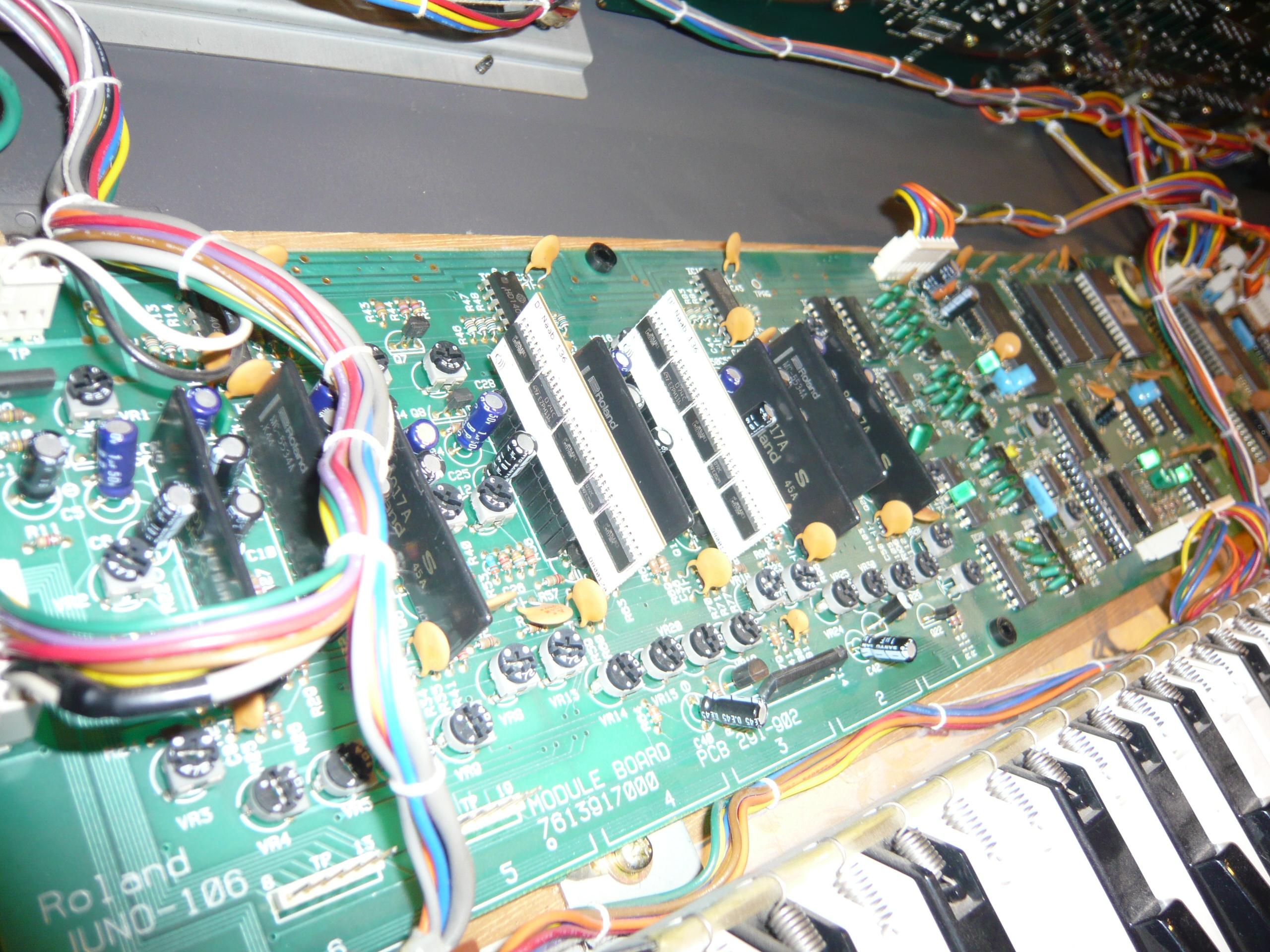Roland Juno 106 Obsoletetechnology
